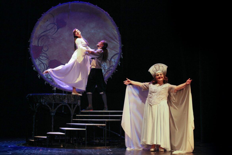 """""""Ljepotica i zvijer"""", repriza predstave za djecu"""